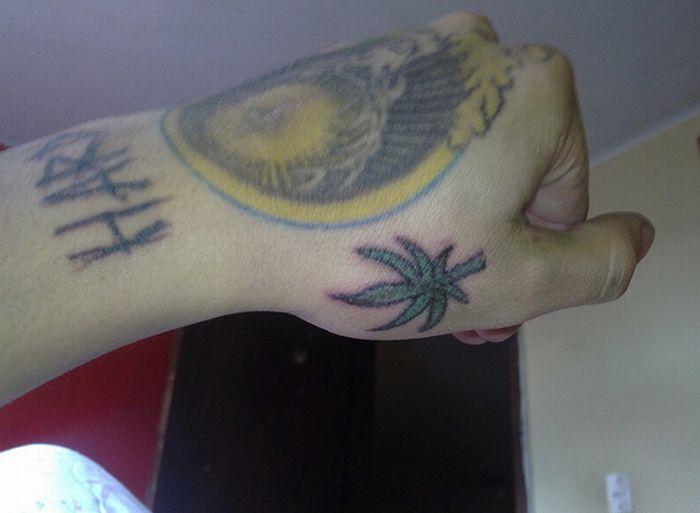 Татуировки в виде марихуанны (46 фото)