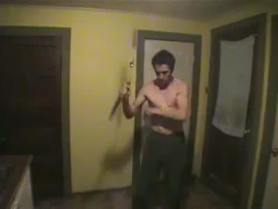 С такими ножами-нунчаками не страшно ночью ходить по темным переулкам
