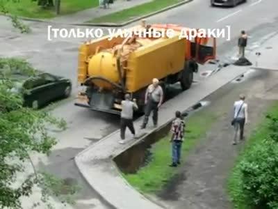 Два работяги проучили местное быдло