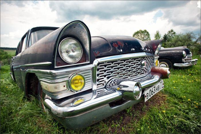 Автомобильный музей под открытым небом (151 фото)