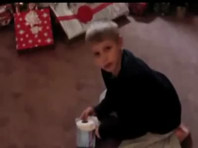 Папаша разыграл сына, который ждал подарок на День Рождения
