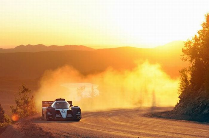 Удивительные фотографии с гонок (122 фото)
