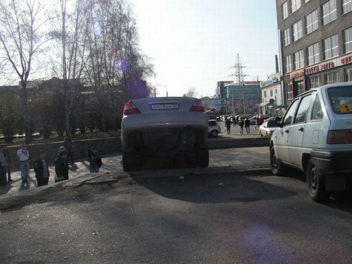 Девушки припарковались (6 фото)