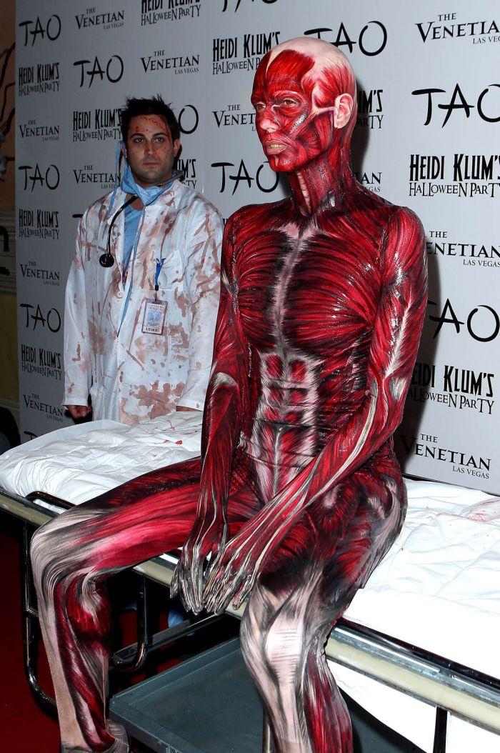 Страшные костюмы 6