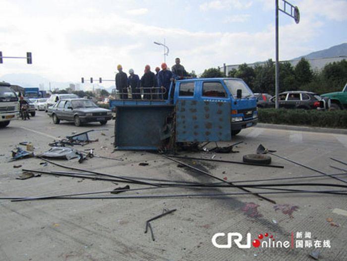 Ужасная авария (4 фото)