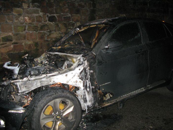 Короткое замыкание в BMW X6 (18 фото + видео)