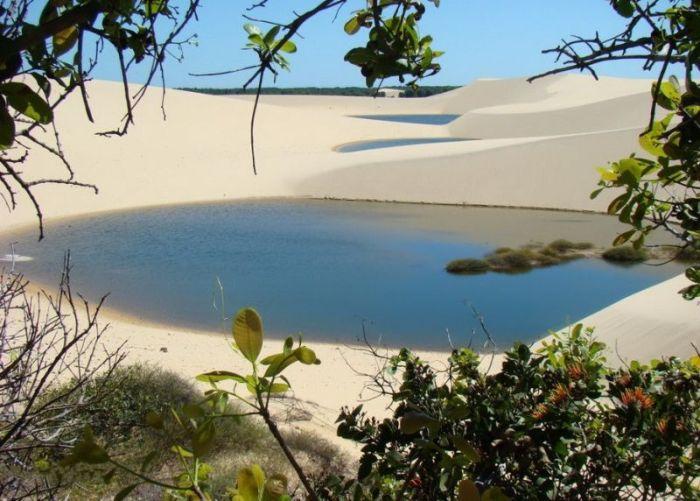 Живые пески парка Ленсойс Мараньенсес (42 фото)