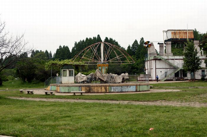 Парк развлечений в Северной Корее (28 фото)