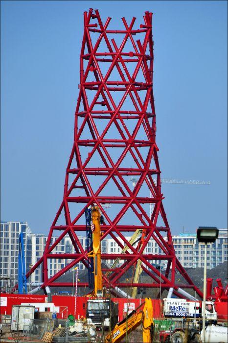 ArcelorMittal Orbit - странная скульптура в Лондоне (17 фото)