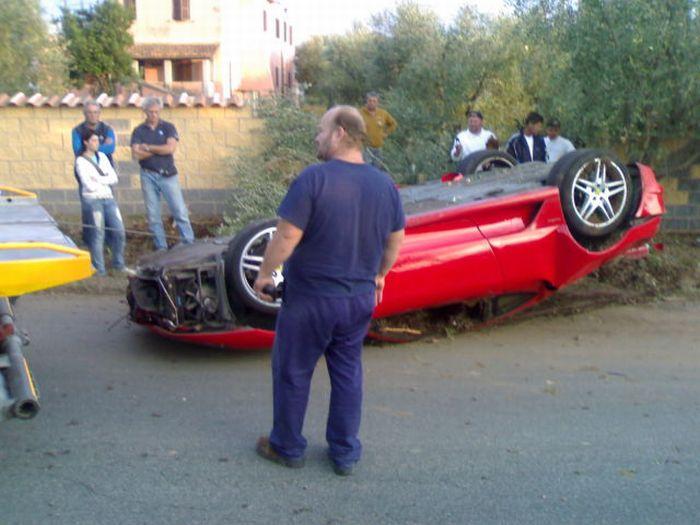 Дорогая авария (13 фото + 2 видео)