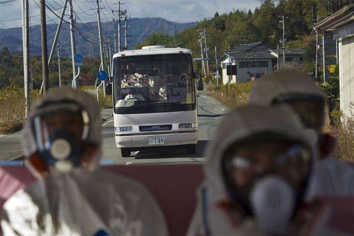 """Новые фотографии станции """"Фукусима-1"""" (9 фото)"""