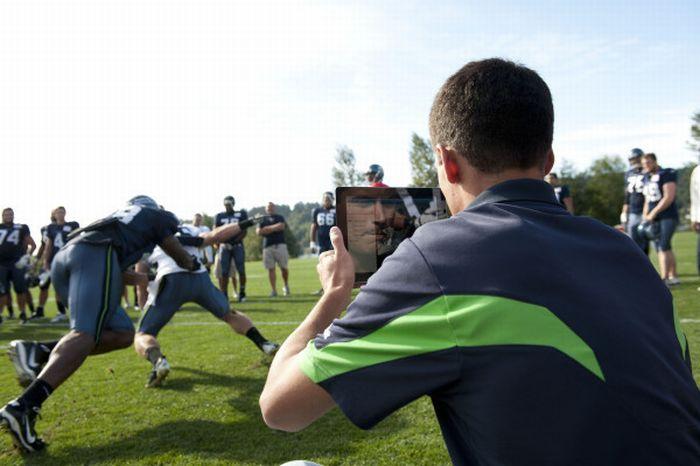 Люди, фотографирующие на iPad (21 фото)