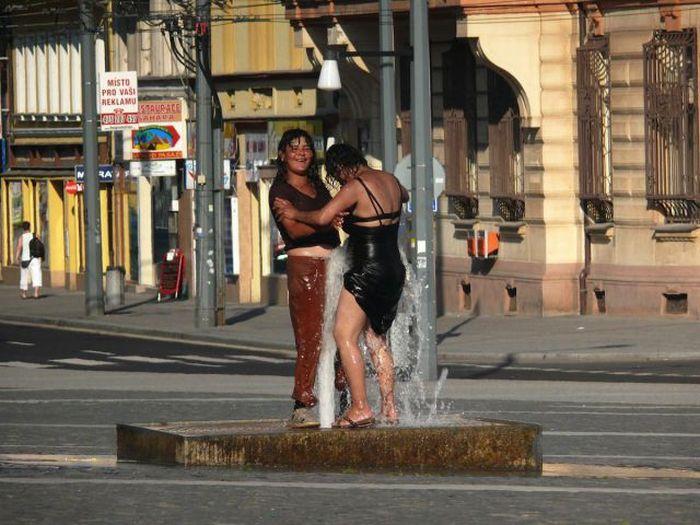 Жаркий день в Чехии (5 фото)