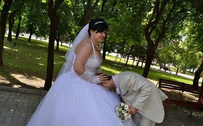Необычная свадьба в Донецке (24 фото)