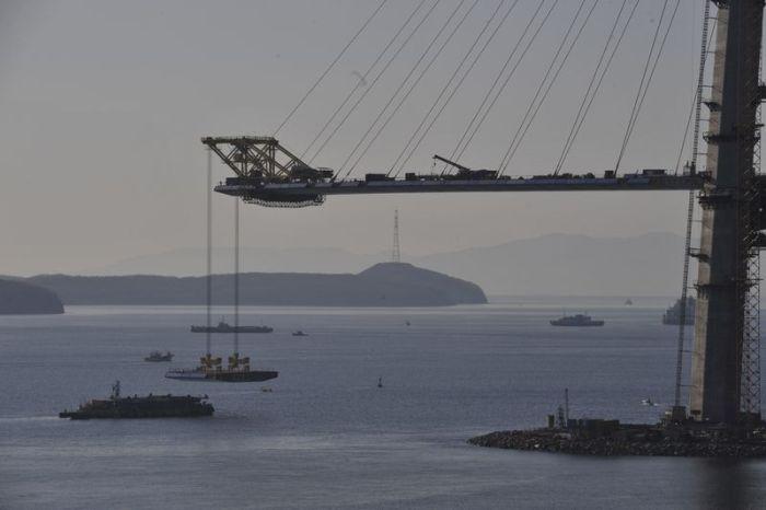 Мост на остров Русский (44 фото)