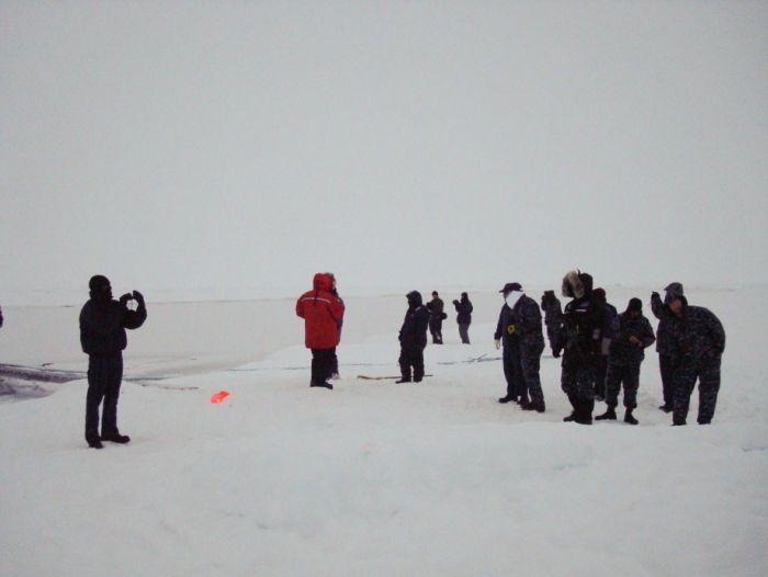 Мировой рекорд выныривания подлодки (20 фото)