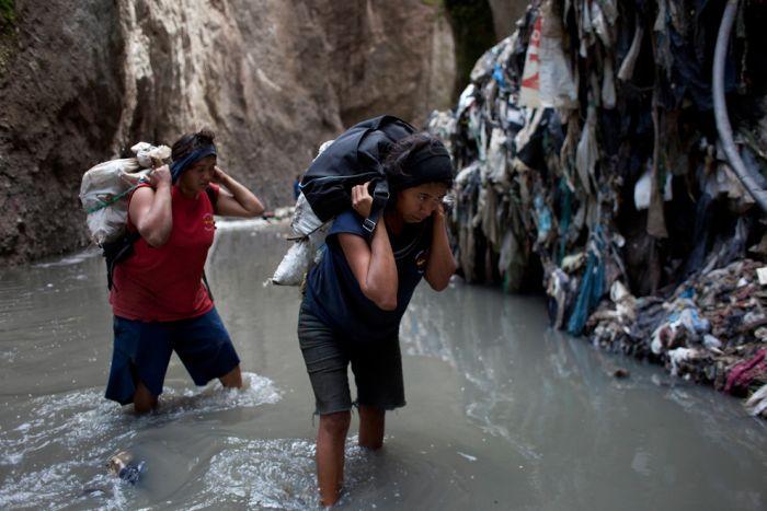 Работа на шахте в Гватемале (25 фото)