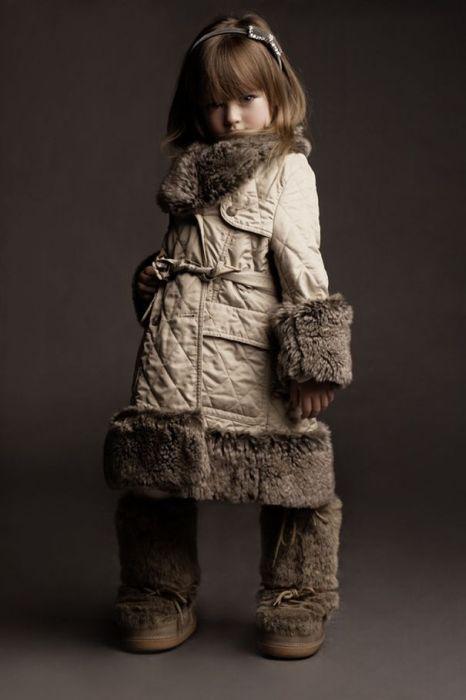 Кристина Пименова - маленькая модель (28 фото)