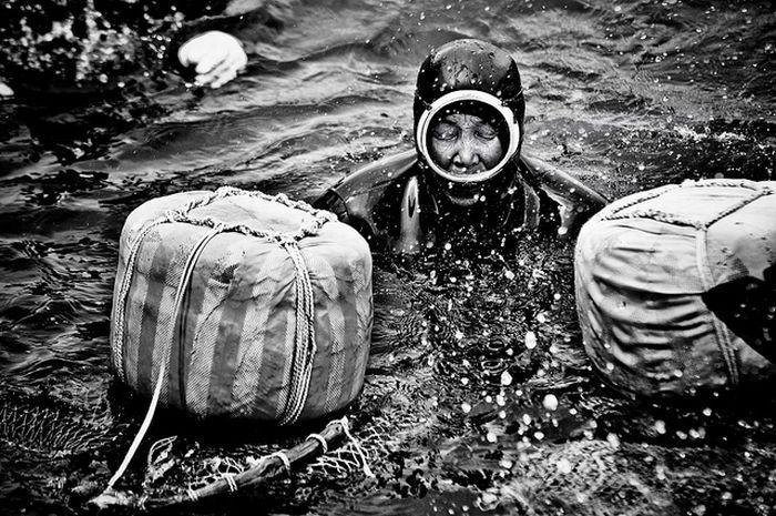 Бабушки-ныряльщицы из Чеджу (18 фото)