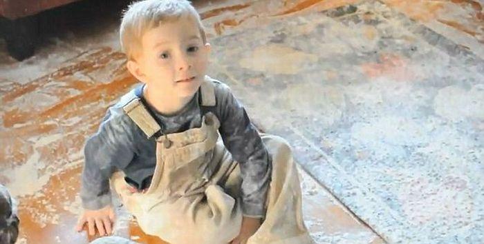Дети и мука (6 фото + видео)
