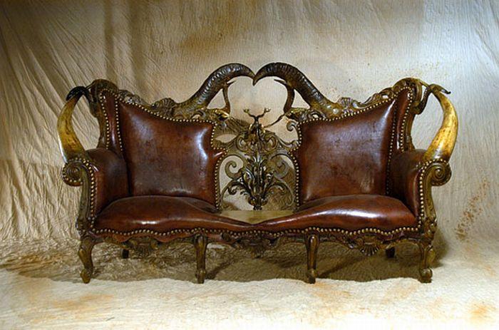 Жуткая мебель (15 фото)