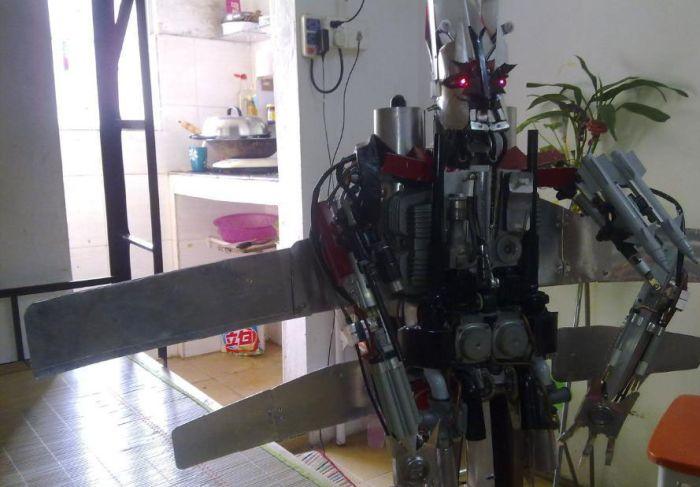 Настоящий трансформер (14 фото)