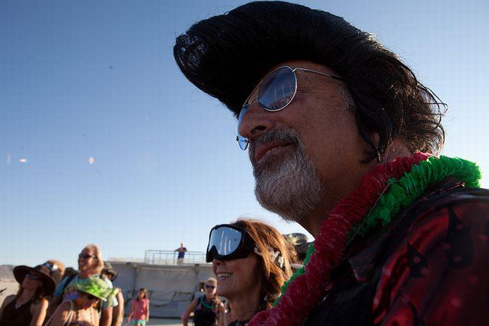 Свадьба на фестивале Burning Man (20 фото)