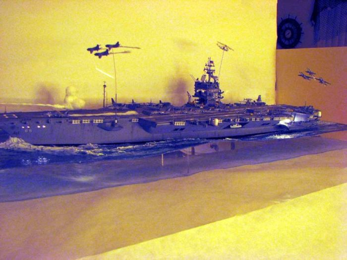 Макет авианосца (18 фото)