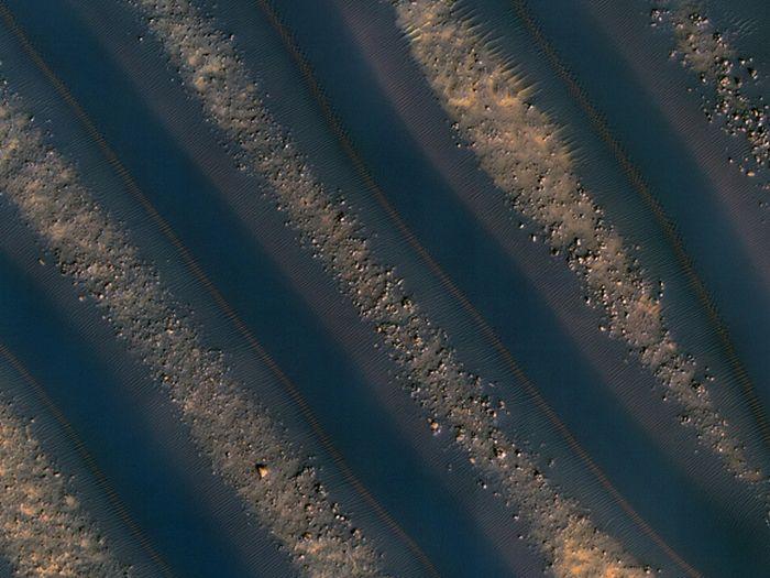 Удивительные снимки Марса (21 фото). Похожие новости. Припять, новые