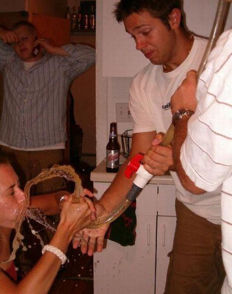 Пролитый алкоголь (33 фото)