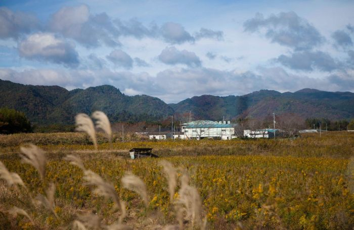 Недавно я показывал вам новые фотографии станции Фукусима-1, которая