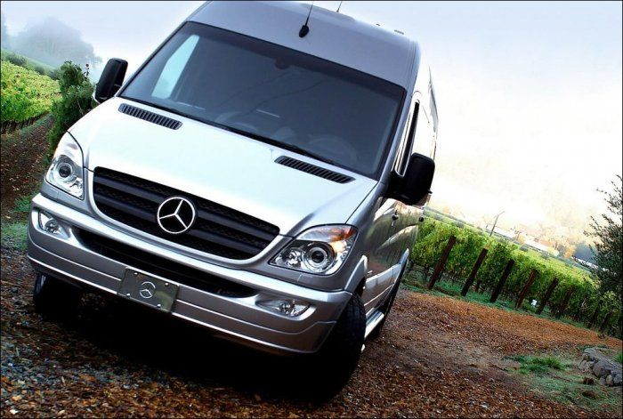 Салон в автомобиле Mercedes Benz Van (24 фото)