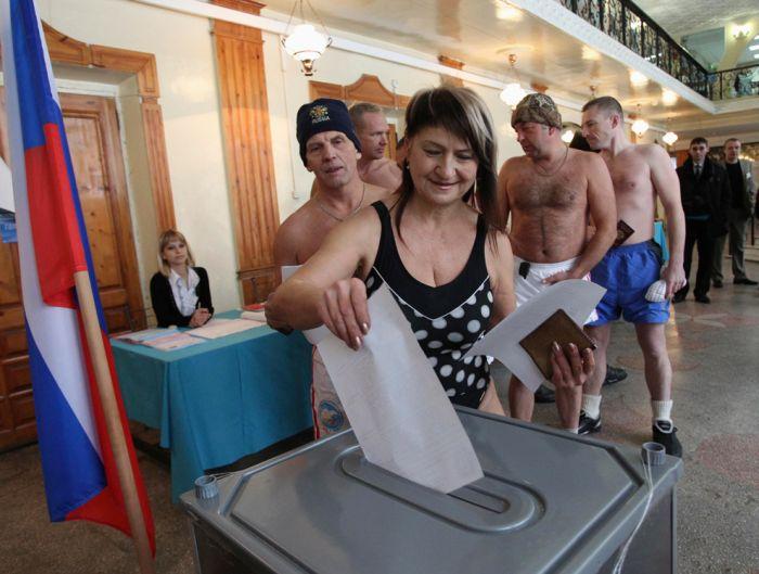 Выборы в России глазами иностранцев (32 фото)
