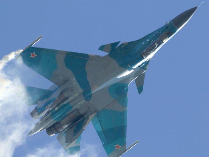 """Самолеты авиастроительной компании """"Сухой"""" (67 фото)"""