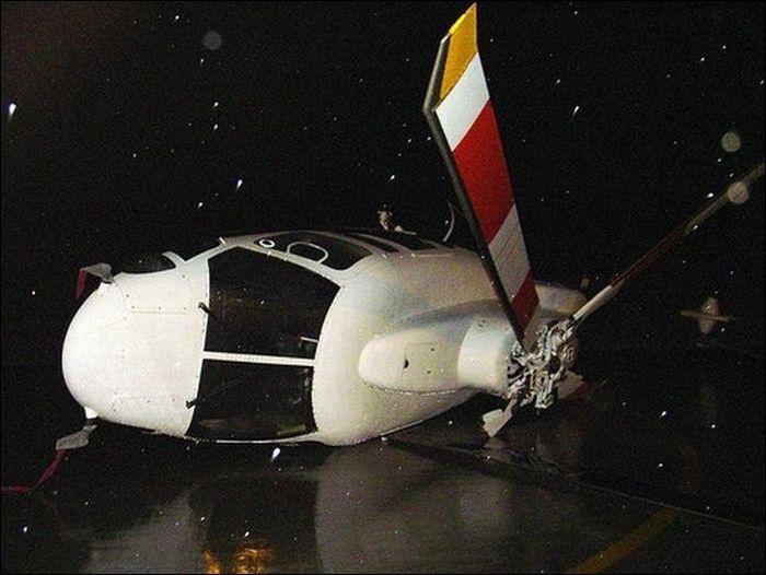 Сумасшедшие аварии и дорожные инциденты (104 фото)