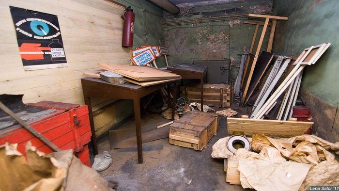 Заброшенный бункер (38 фото)