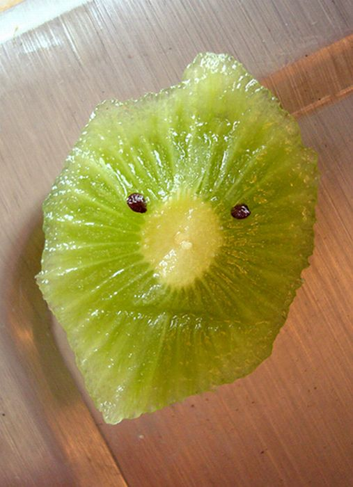 Смешные фрукты и овощи (33 фото)