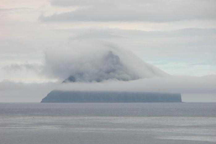 Луйтла-Дуймун с шапкой из облаков (22 фото)