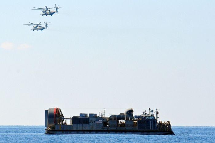 Десантный катер LCAC (28 фото)