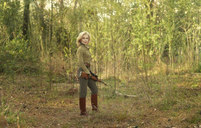 Дамы с оружием (30 фото)