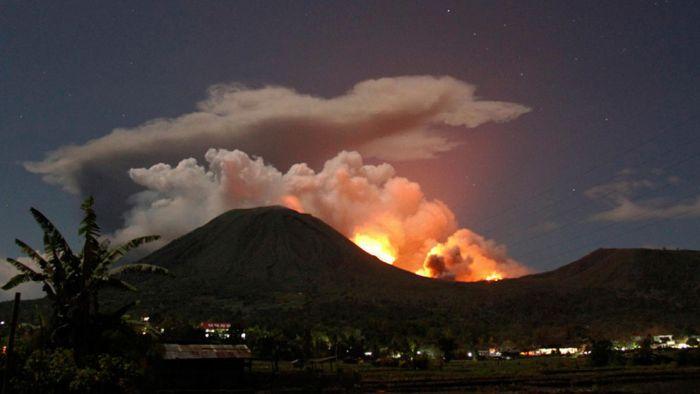 Извержение вулканов в этом году (35 фото)