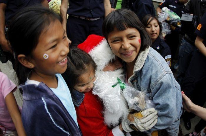 Настоящий Санта Клаус (8 фото)