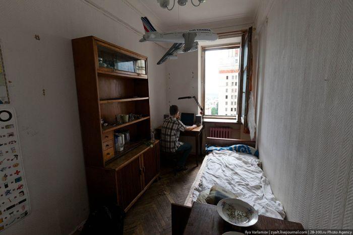 Общежитие МГУ (24 фото)