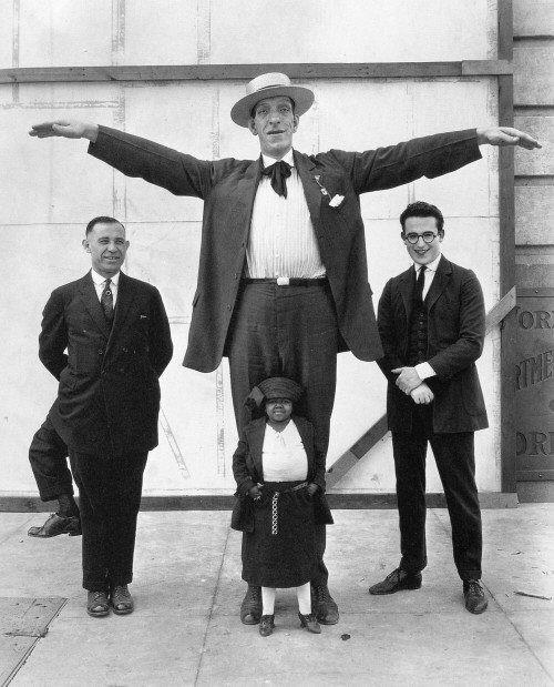 Франческо Лентини - человек с тремя ногами (5 фото)