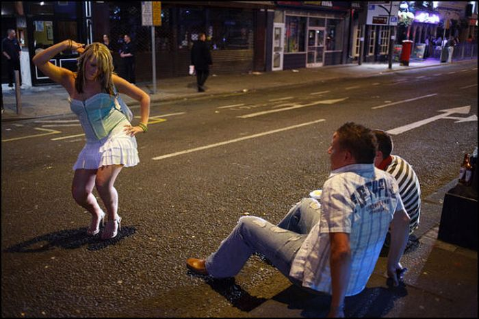Пьяные выходные в Англии (58 фото)