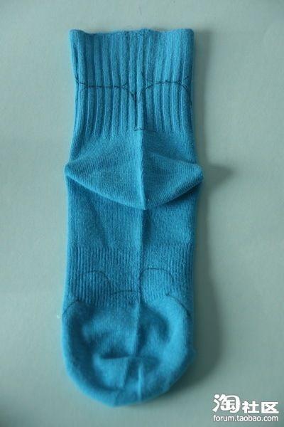 Вторая жизнь старого носка (10 фото)