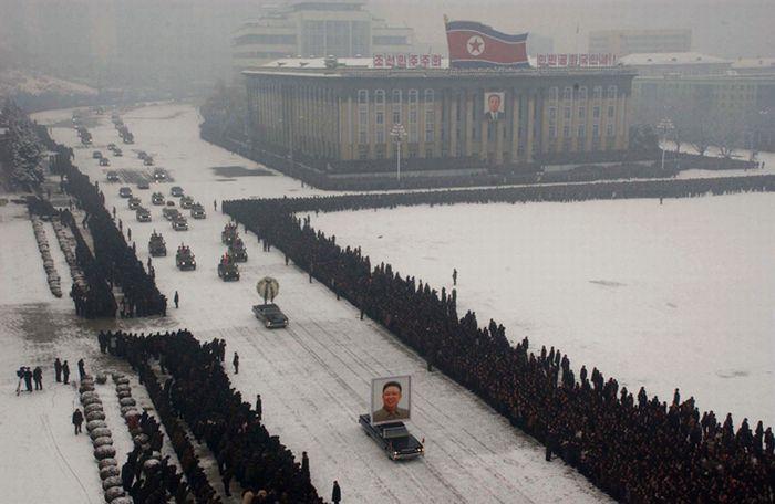 Фотошоп в Северной Корее (2 фото)