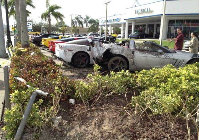 Авария в Майами (6 фото)
