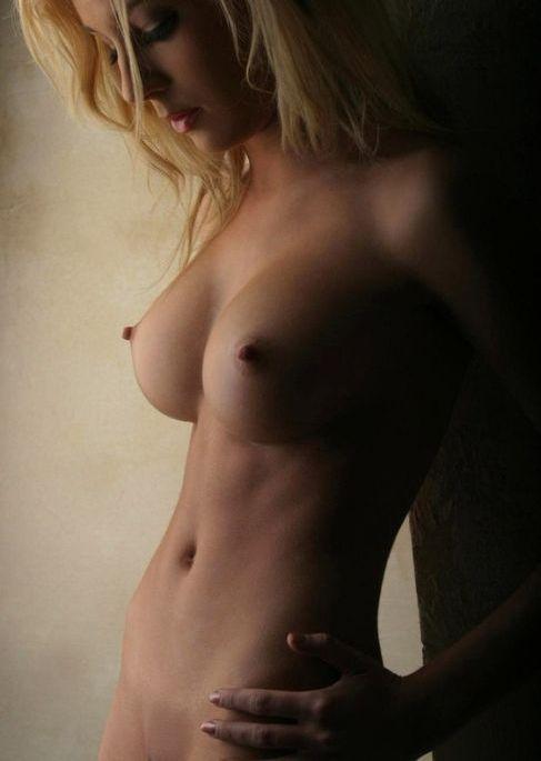 Красивые девушки (62 фото)