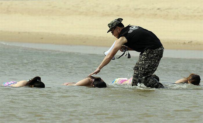 Тренировки телохранителей в Китае (9 фото)